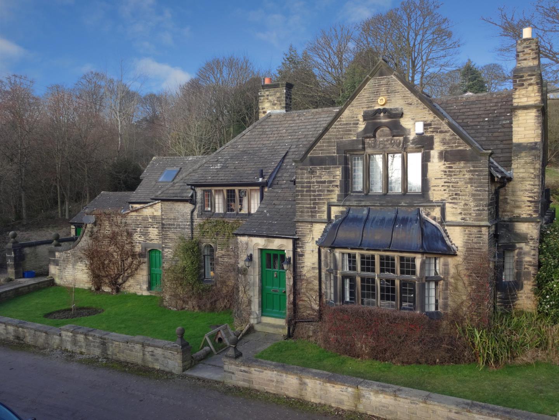 Rawdon Hall Lodge - External pt1 blue.jpg